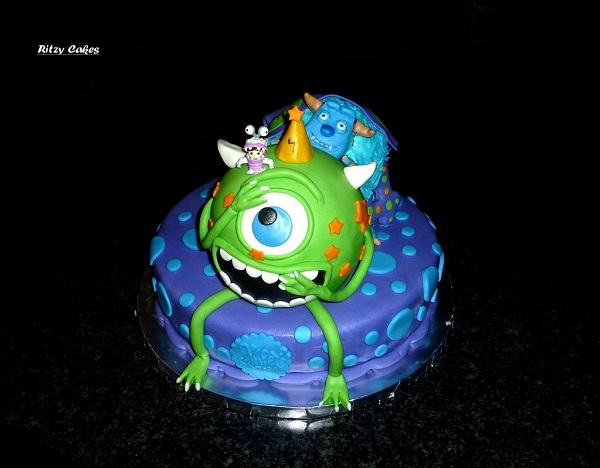 Cake Sculpted as Monster