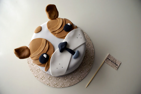 Bulldog Cake - on Bluprint via Coco Cake Land