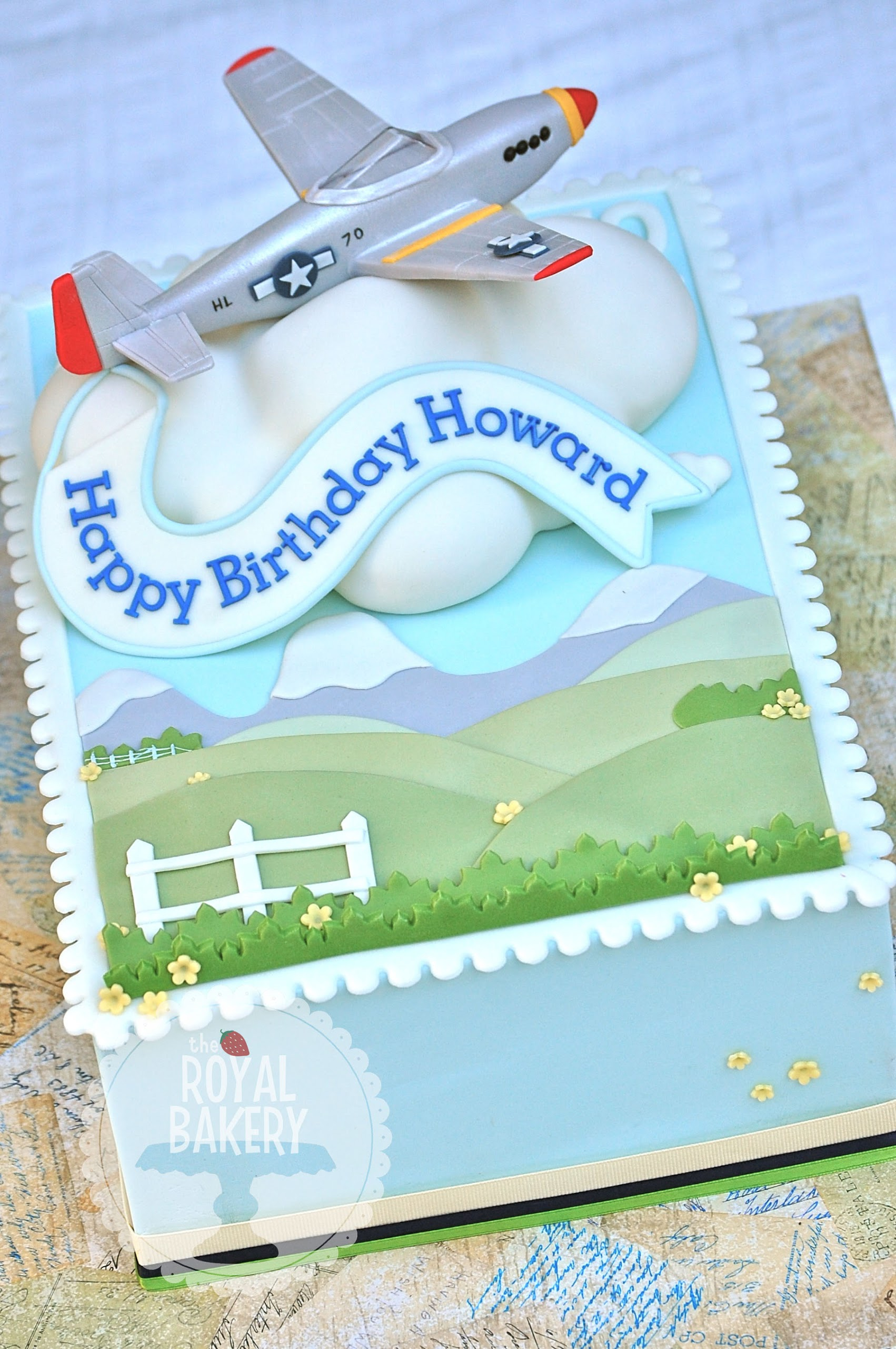 Cake with Airplane Theme