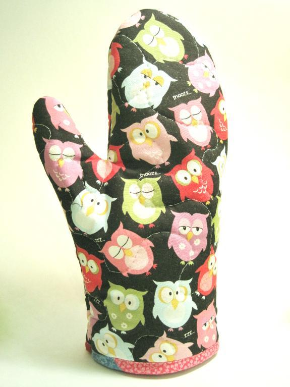 Oven Mitt with Owl Pattern