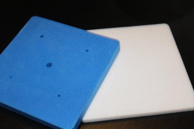 White and Foam Blue Mats