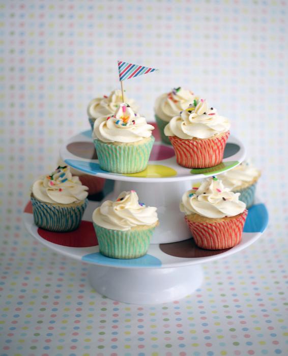 Cupcakes with Sprinkles - on Bluprint