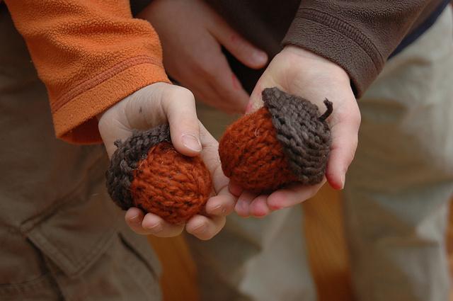 Little Knit Acorns