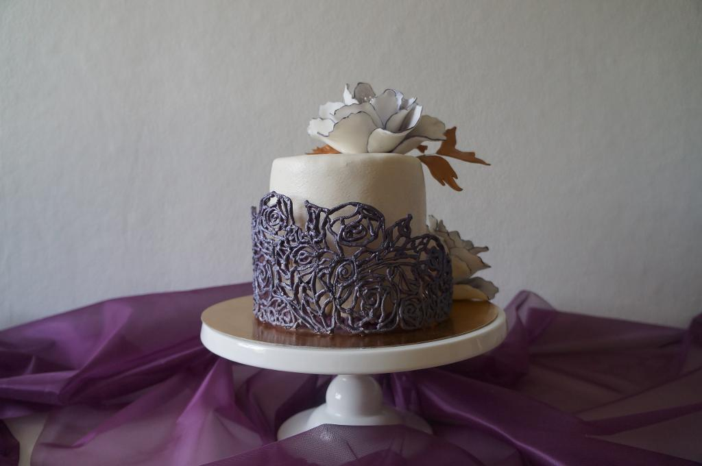 White Cake with Lace