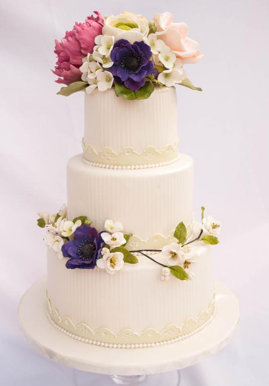 Tiered Cake with Sugar Flower Toppers