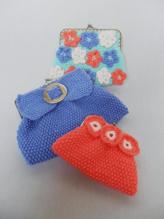 3 Different-Colored Seed Stitch Clutch