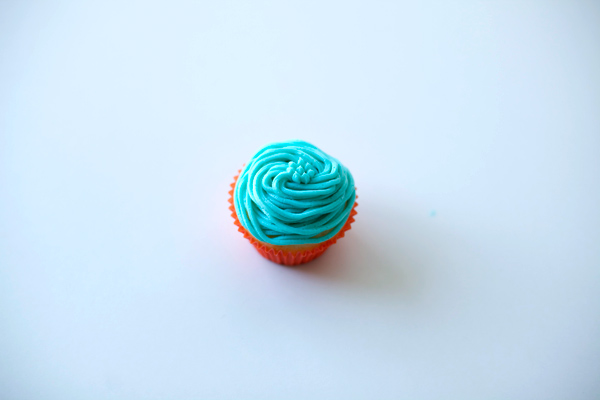 Cupcake Frosted with Blue Buttecream