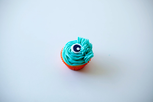 Adding Monster Fur to Cupcake