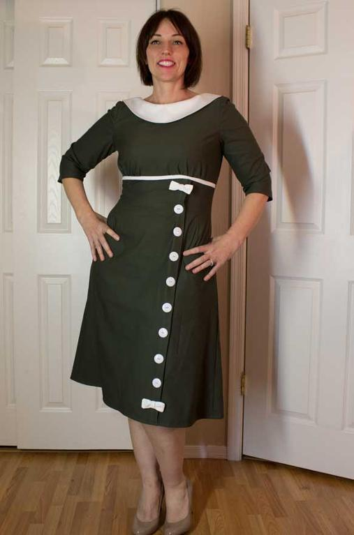 Green Retro Dress with White Details