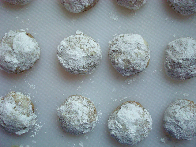 Rows of Snowball Cookies