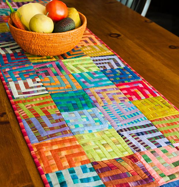 Kaffee Table Runner, on Bluprint.com