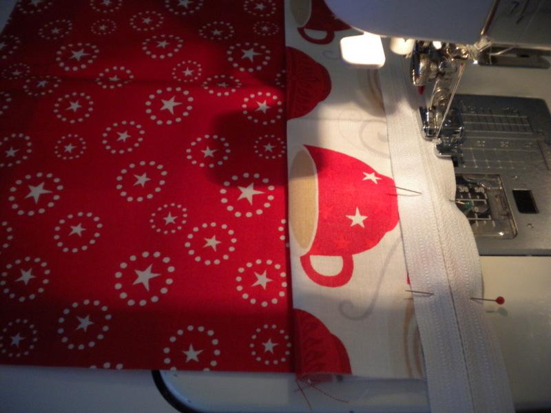 Sewing Zipper onto Pillow