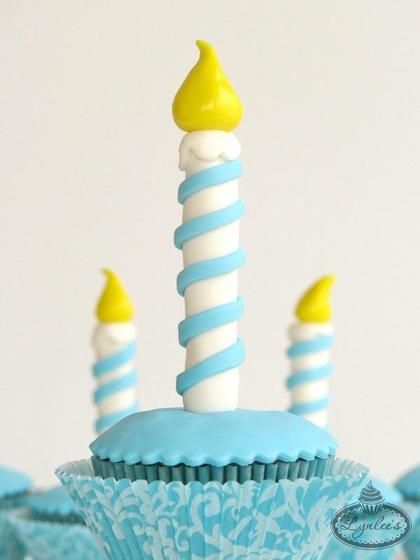 Finished Hanukkah Cupcake - on Craftsy.com