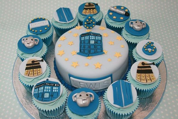 Doctor Who Cake and Cupcakes
