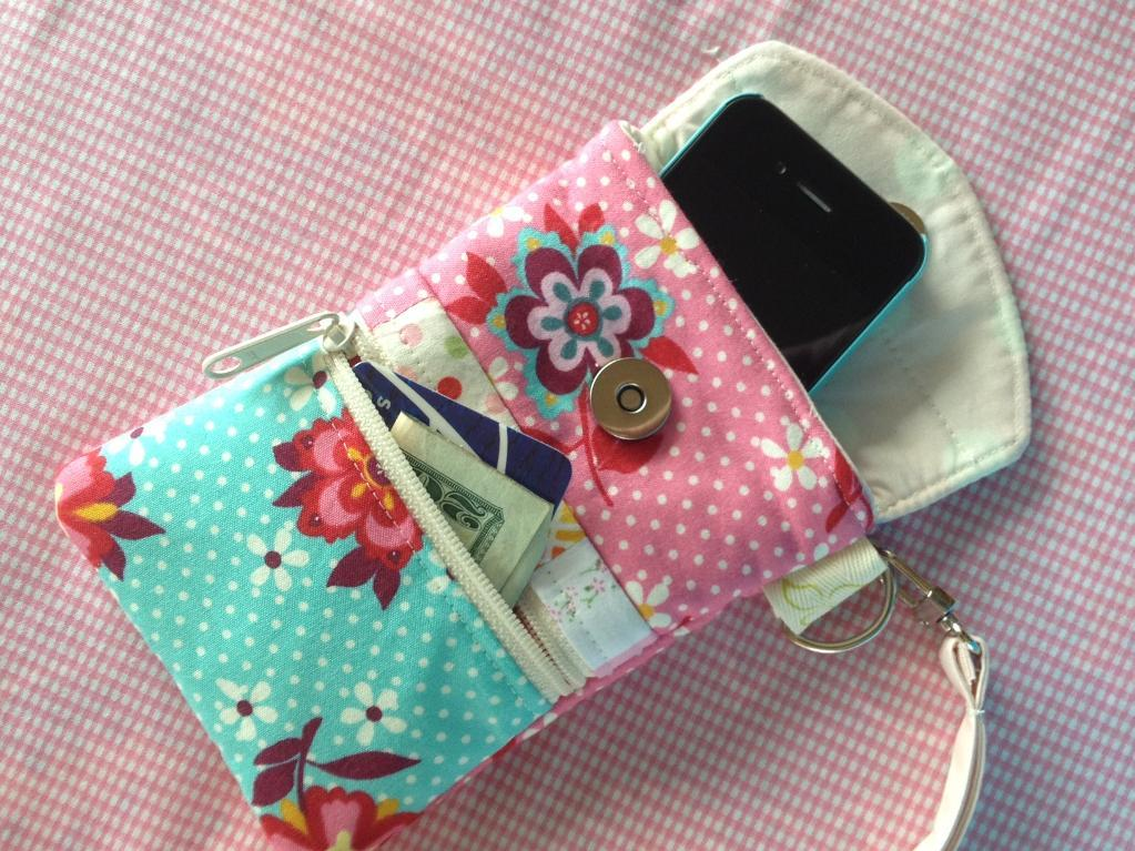 Patterned Cell Phone Wristlet and Pouch