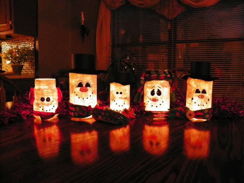 Snowmen Mason Jar Lanterns