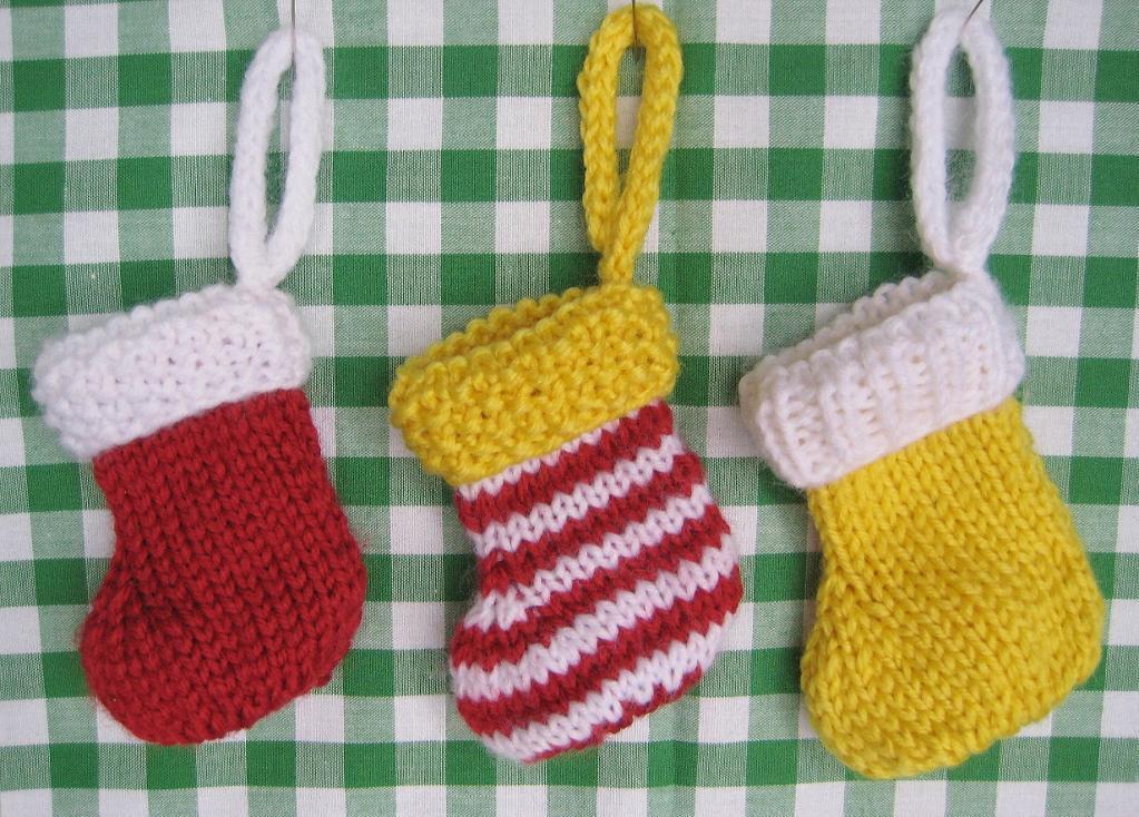 Free Pattern on Bluprint - Little Knit Stockings