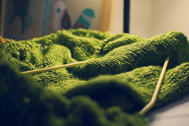 Lace knitting for beginners - Green lace knitting project