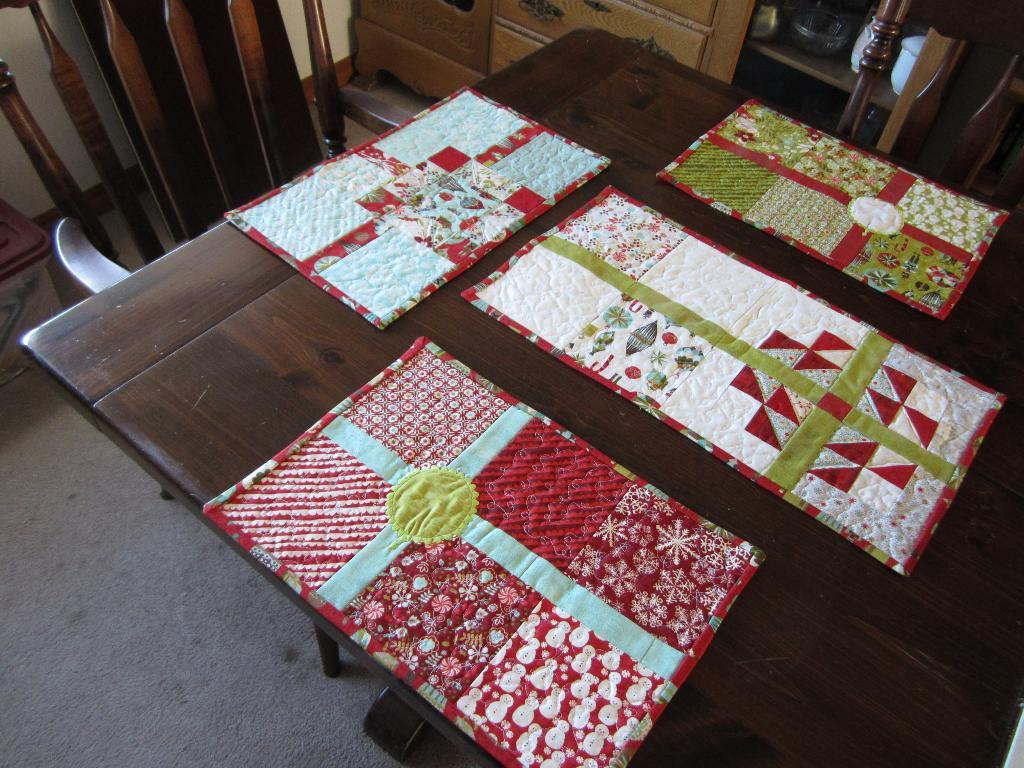 Patchwork Holiday Placemats