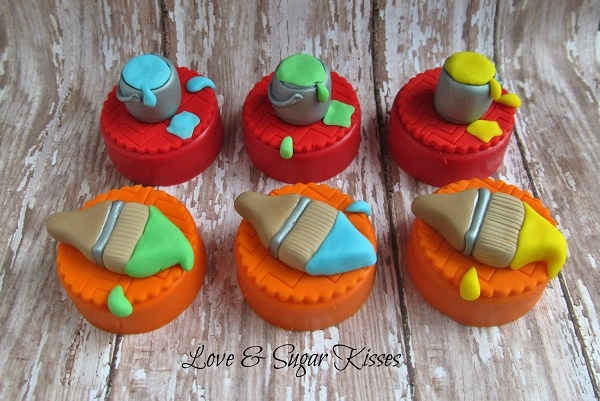 Little Fondant Paint and Brushes Toppers