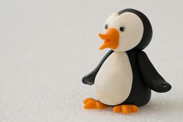 Bluprint Member Project - Fondant Penguin