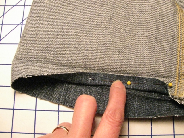 Pinning the Hem - How to Hem a Pair of Jeans