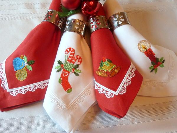 Embroidered Holiday Napkins - Tutorial on Bluprint