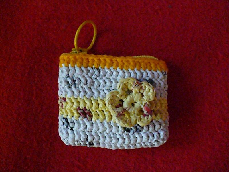 Plarn Coin Purse with Flower