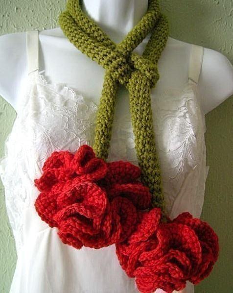 Carnation crochet scarf