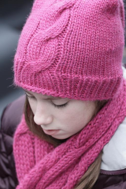 winter knit cable hat and scarf