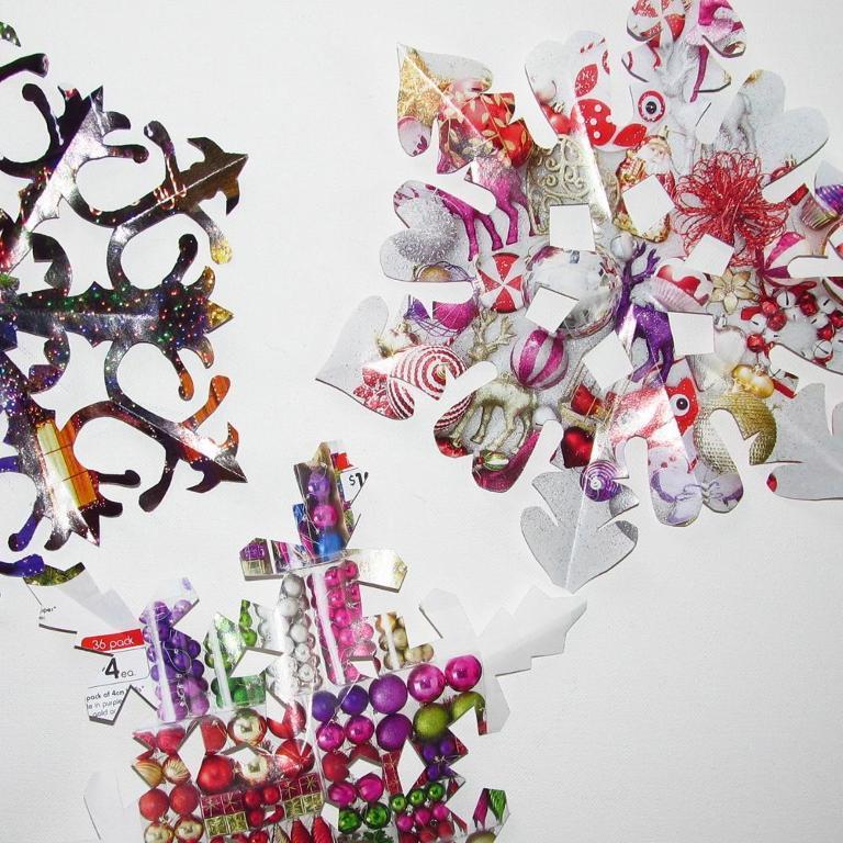 Bluprint.com - Paper Snowflake