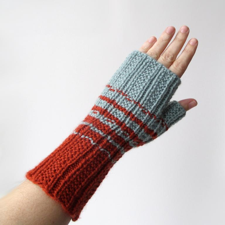 Two Color Knitted Fingerless Gloves