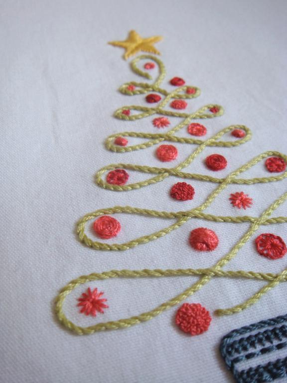 Embroidered Christmas Tree - Pattern on Bluprint