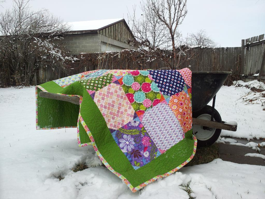 Snownall Quilt Blocks in Colorful Quilt