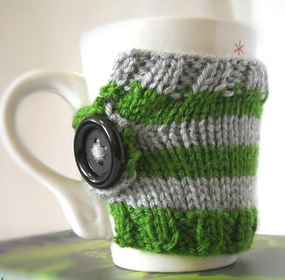 Knitted striped mug cozy