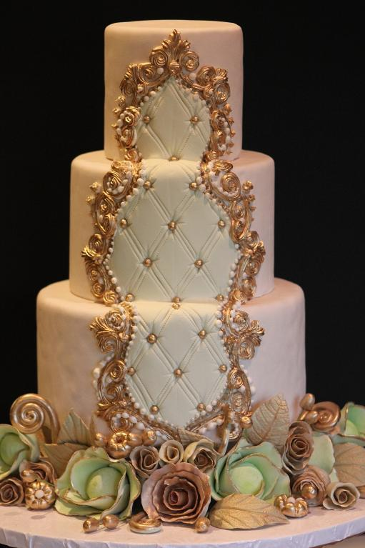 Ornately Piped Pink and Gold Cake, Bluprint