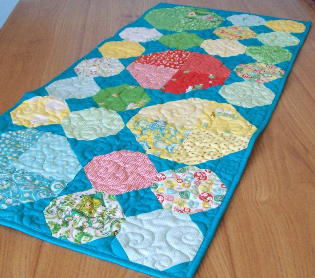 Tropical-Colored Snowball Quilt Table Runner