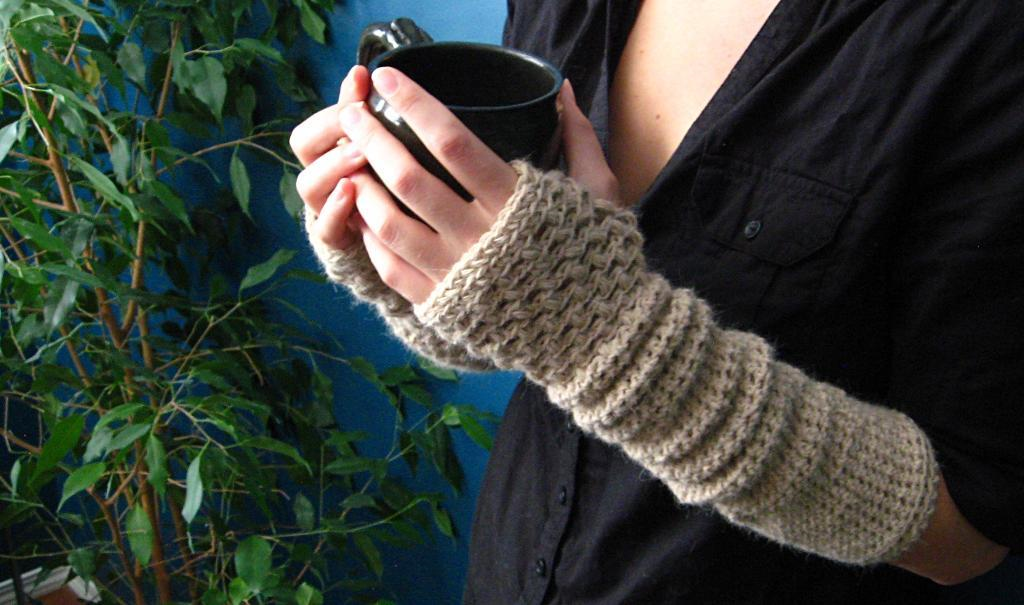 Crocheted arm warmers