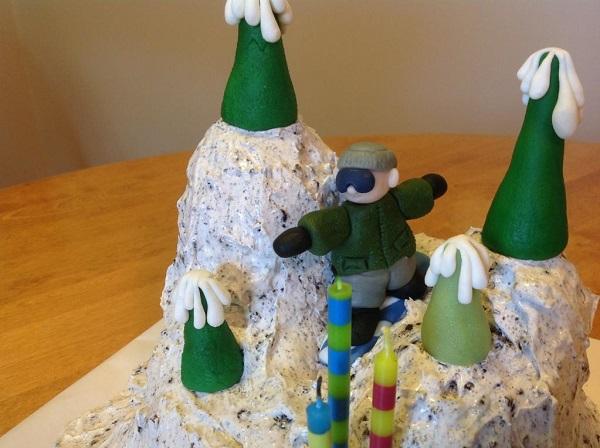 Snowboarding Cake