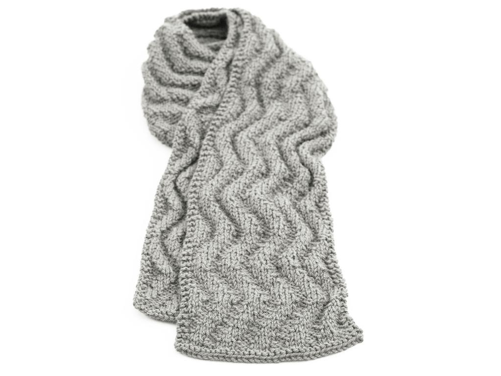 Wave rib knit scarf