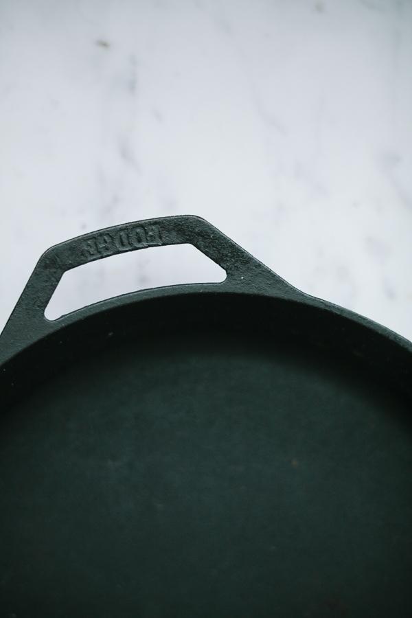 Skillet - Close-up