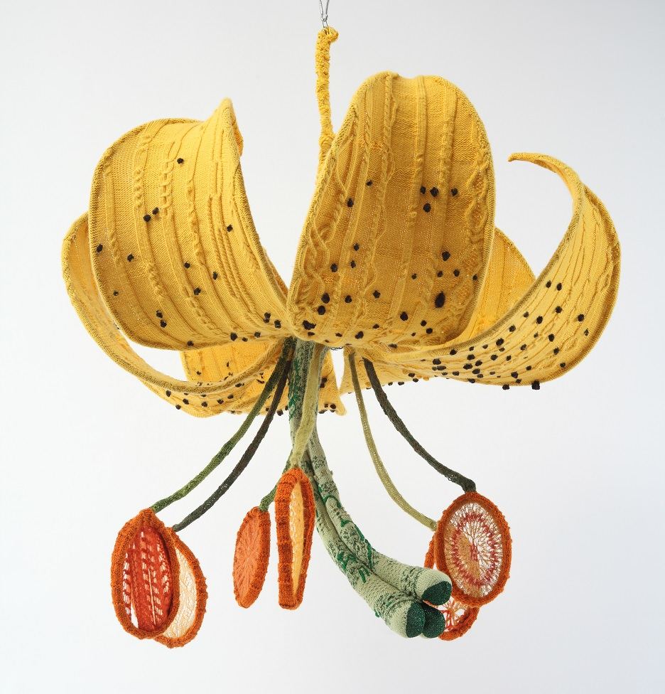 Knitted tiger lily