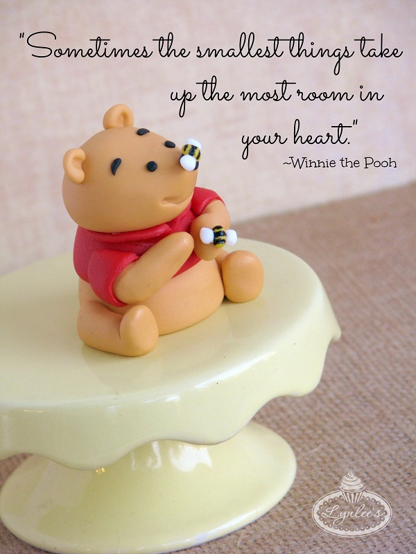 Finished Fondant Winnie the Pooh and Quote