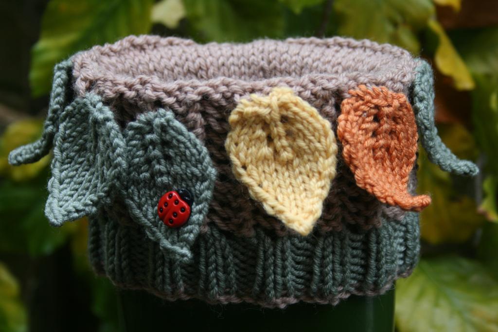 Leafty knit boot cuffs
