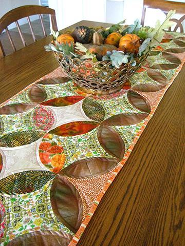 Quilted Orange Peel Table Runner: Project by Bluprint Member