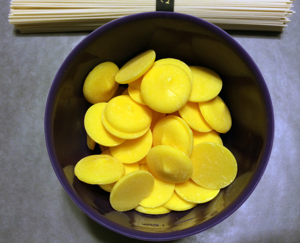 barquillos de caramelo amarillos