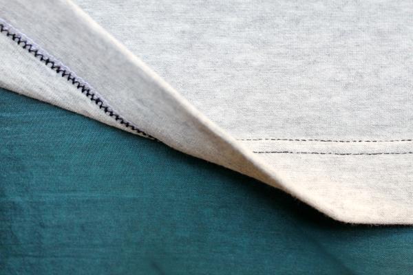 Dobladillo de doble aguja para tejidos de punto