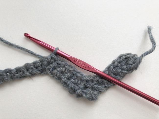 chevron crochet second row