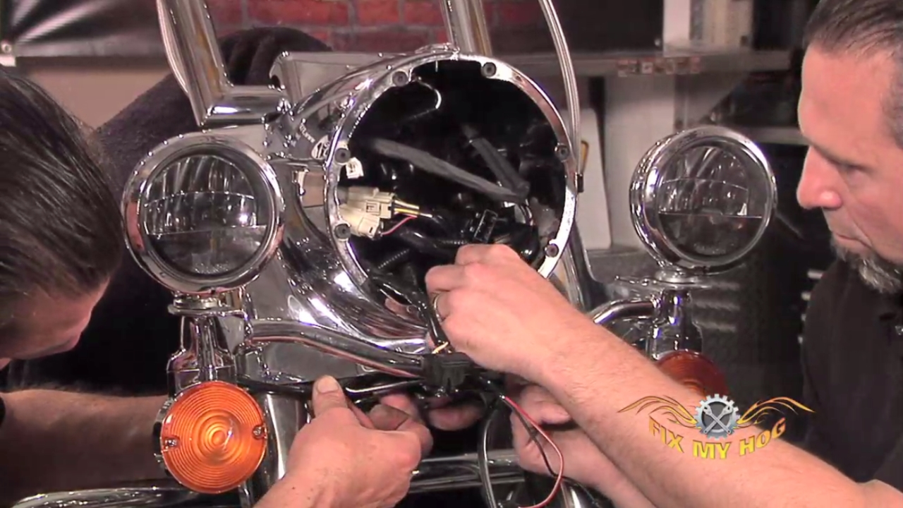 Road King Nacelle Headlamp And Passing Lamp Assembly 1986 Harley Heritage Softail Wiring Diagram