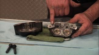 Harley 4 Piston Caliper Rebuild